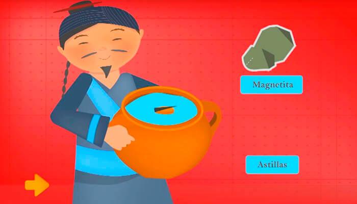 Chino sosteniendo una brújula antigua