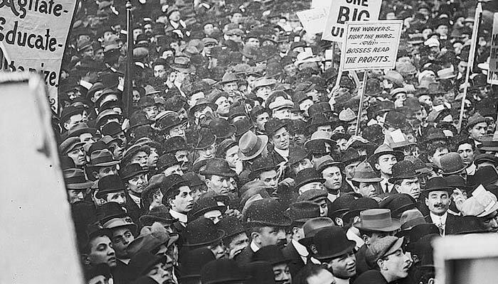 Manifestación del 1 de mayo celebrada en Nueva York en el año 1912.