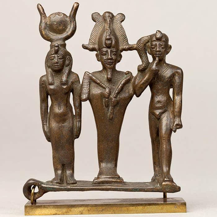 Tríada de Osiris, Isis y Horus