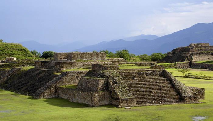 Ruinas de la cultura zapoteca en Monte Albán
