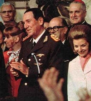 Perón y su esposa Martínez de Perón