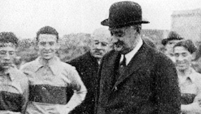 Marcelo T. de Alvear inaugurando el estadio de BOCA