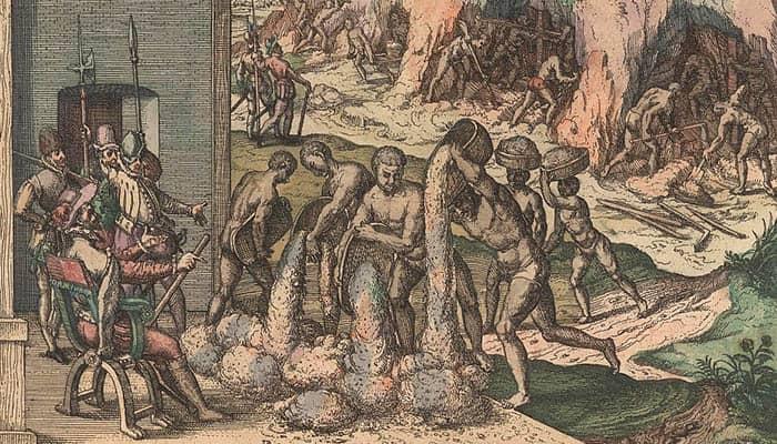 Dibujo de esclavos vertiendo mineral frente a los soldados europeos