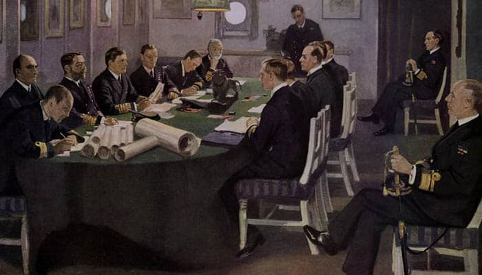 Sir David Beatty lee los términos del armisticio a los delegados alemanes