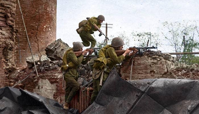 Soldados soviéticos durante la batalla de Stalingrado