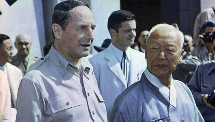 Douglas MacArthur y Syngman Rhee