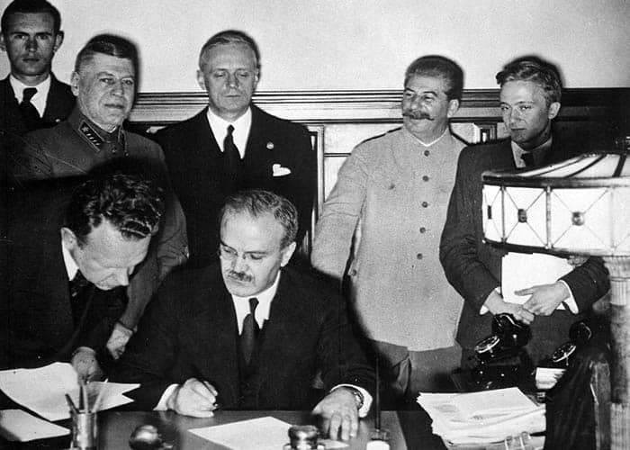 Firma del Pacto Molotov-Ribbentrop