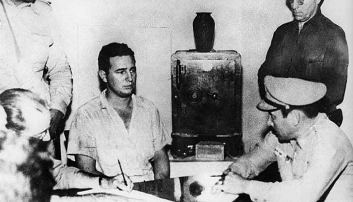 Fidel Castro, arrestado tras el ataque al cuartel Moncada